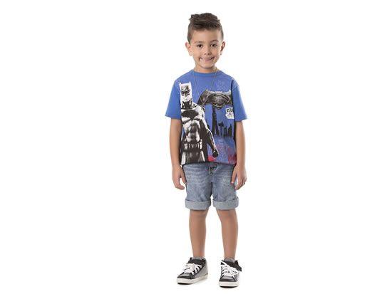 Camiseta infantil masculina Batman Idade: 8 anos Cor: azul Ref. M6002 *foto meramente ilustrativa.
