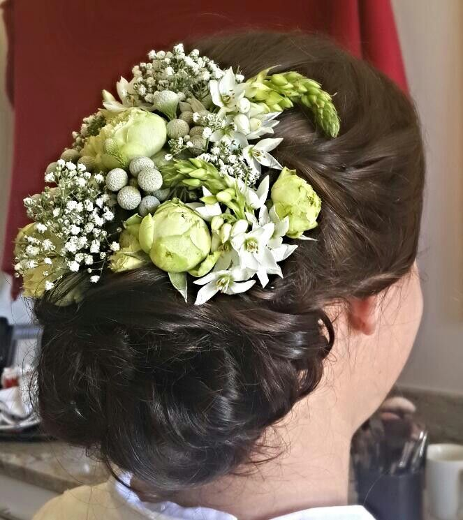 #Bridal hair #flowerpiece