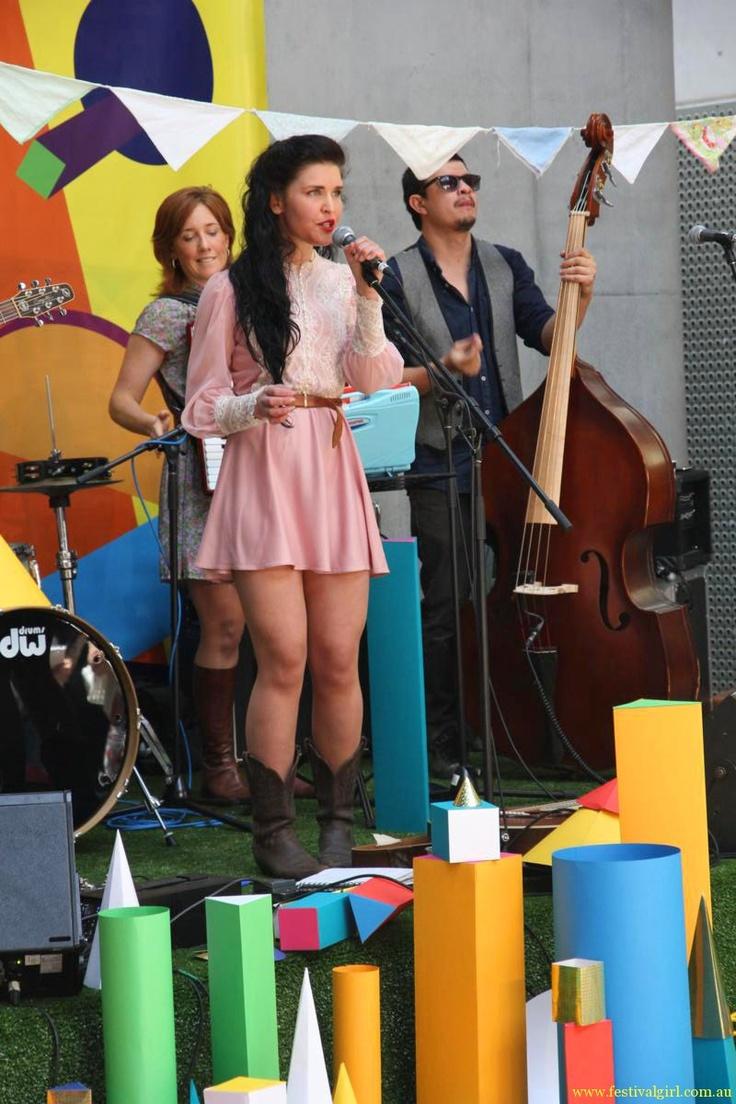 Fanny Lumsden Finders Keepers 2011 www.festivalgirl.com.au