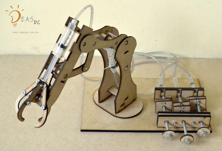 Brazo hidráulico MDF armable, conoce el poder de la robótica y muve piezas de un lugar a otro!