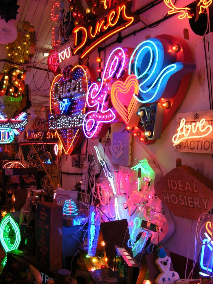 God's Own Junkyard - destination, neon. London. Neon artist Chris Bracey.