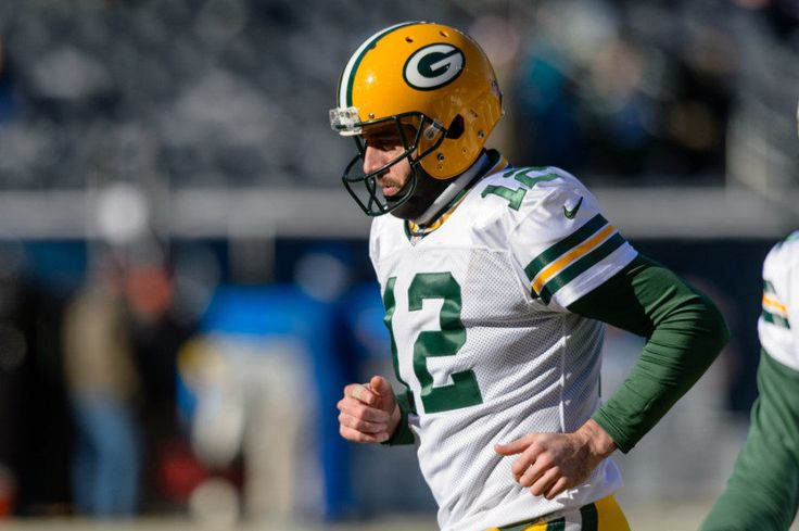 Packers' Aaron Rodgers leads NFL in TD passes = Green Bay Packers quarterback Aaron Rodgers has finished the regular season as the league leader in touchdowns with 40. He becomes…..