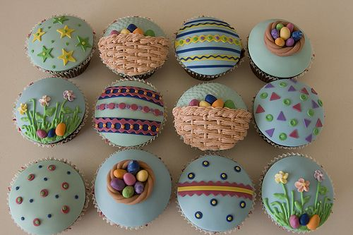 Decorate the tops of your cupcakes like Easter eggs this year.