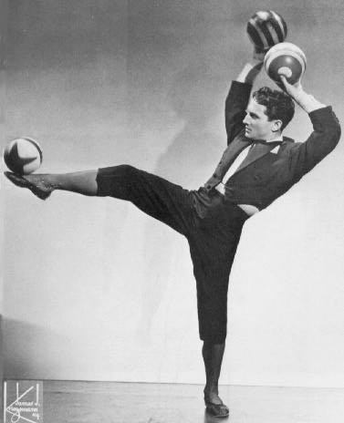 """Francis Brunn's """"Hall of Fame"""" page on juggling.org that contains links to a number of interviews."""