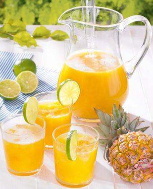 Ananas-Limetten-Bowle