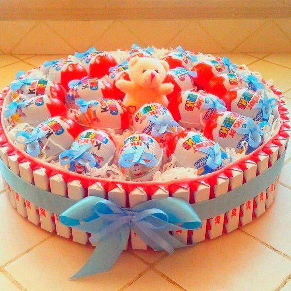 38 идей для тортов из конфет и шоколадных батончиков / Увлечения и хобби
