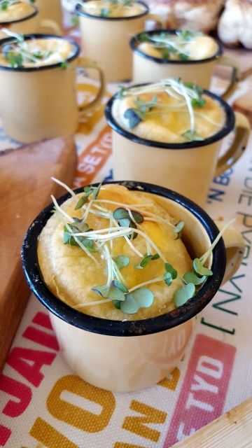 Individual Chicken Pies in Mini Enamel Cups