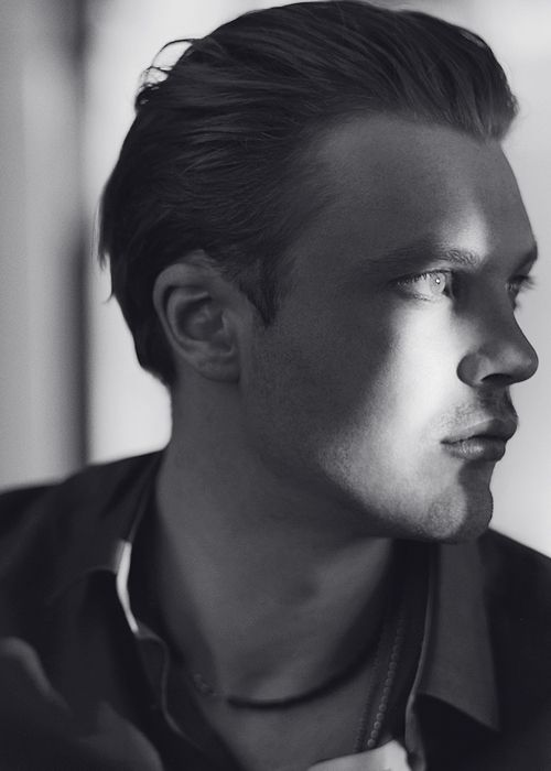"michael pitt...""jimmy darmody""...*sigh* I'm so mad at boardwalk empire that I haven't started the season that just aired."