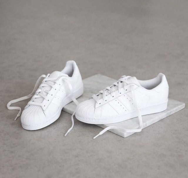 Wheretoget White Adidas Superstar sneakers with baby blue stripes