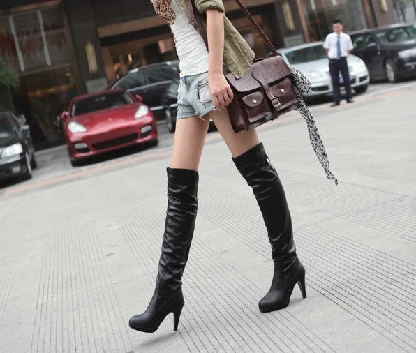 Nice, add some ankle boot chains and it's on.