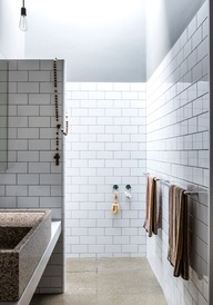 bathroom in the Melbourne home of Lisa Gorman and Dean Angelucci via thedesignfiles.net (pics by Sean Fennessy)
