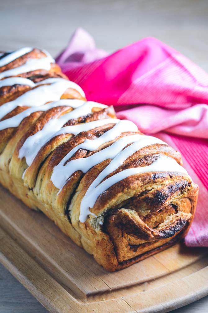 Kanelbrød opskrift. Luftigt kanelbrød som hos bageren. Højt kanelbrød i brødform med glasur. Superlækker kanelbrød opskrift fra Bageglad.