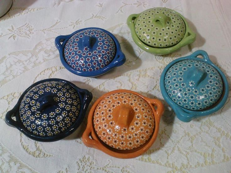 These little dishes are great for serving salsa or spices...we use one for our kosher salt. Handmade and lead free, so they're food safe. So pretty too!