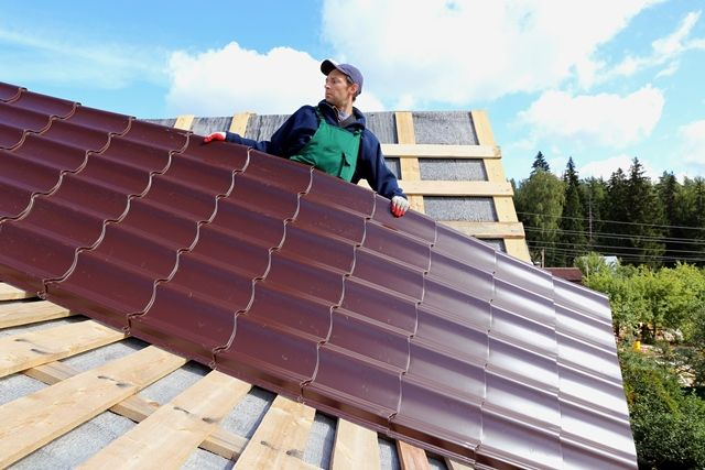 Have you been thinking about replacing your shingle roof with a #metal roof? Here's some insight the cost of installing a metal shingle roof is about 20% cheaper and helps you save on your energy bill. #MiddleTN #roofing http://middletnroofing.com/