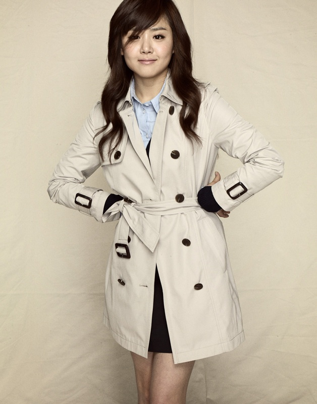I like her coat. #Moon_Geun_Young