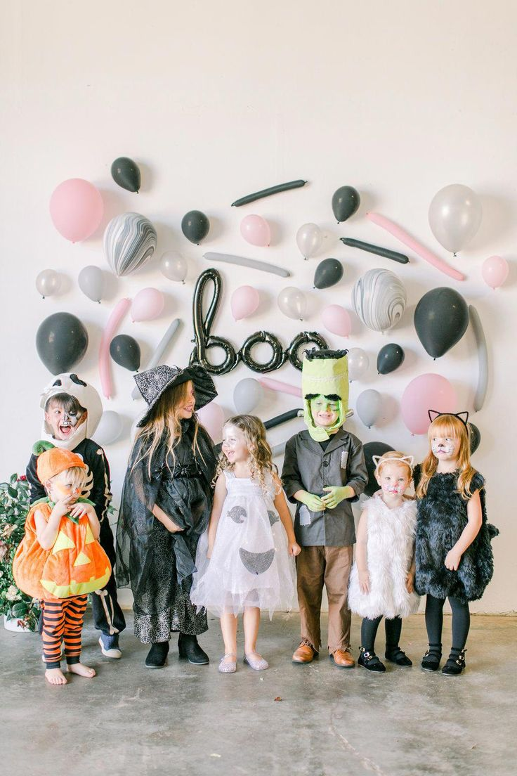 How To Plan A Halloween Party X Beijos Events Pottery