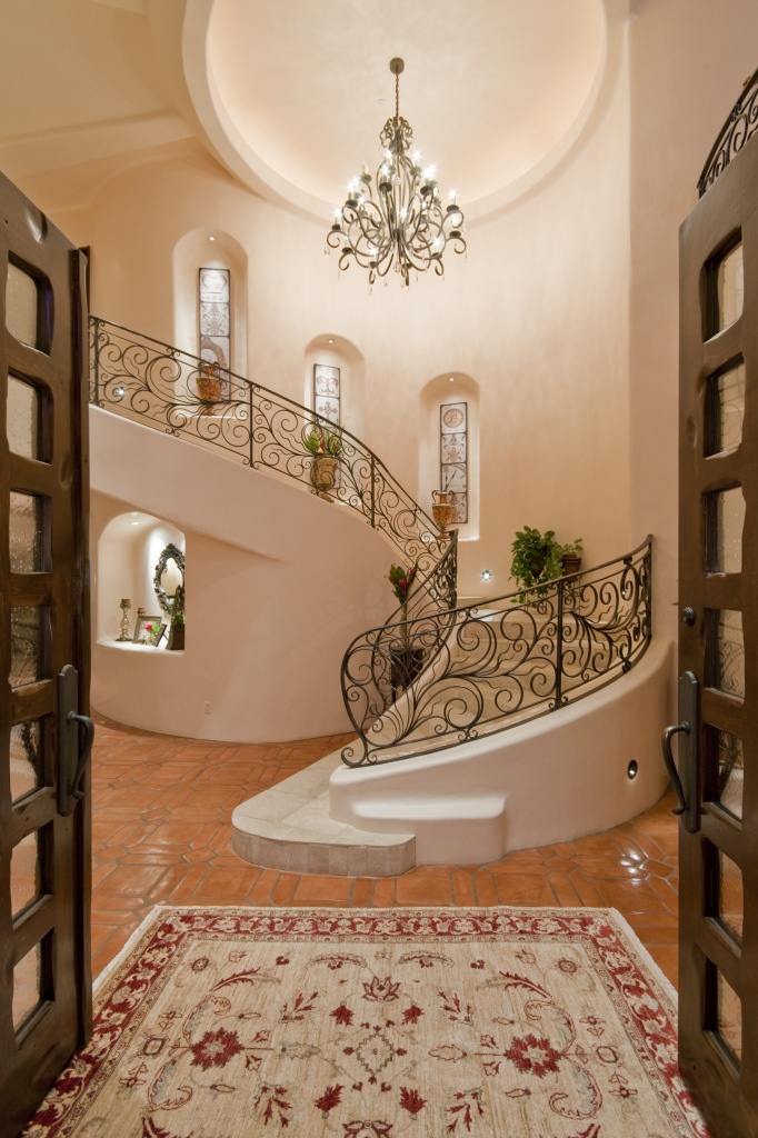 Not really my style (especially the wrought iron design), but something about this is working...