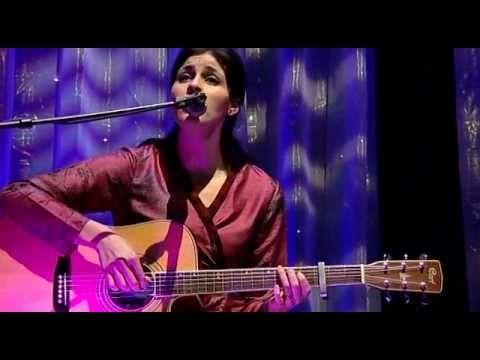 Souad MASSI Live Acoustic 2007.avi (+lista de reproducción)