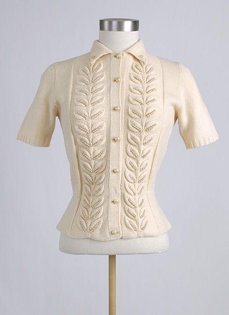 1940's 1950's Cream Wool Pearl Sweater