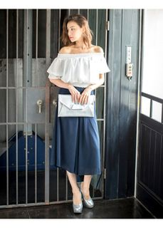 大人可愛く♡ドレープ性のある記事でスカートに見えるジョーゼットスカーチョ。女性らしさを演出しつつアクティブなシーンにも最適なスカーチョファッションスタイルコーデを集めました♡