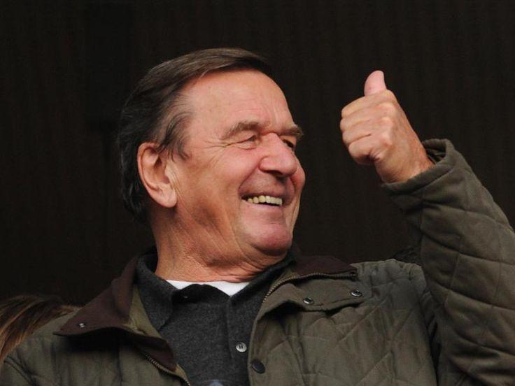 #SZ | #Gerhard #Schroeder #neuer Aufsichtsratschef #bei #Hannover 96        Alt-Bundeskanzler #Gerhard #Schroeder #ist #neuer Aufsichtsratschef #des Fussball-Zweitligisten #Hannover 96.                                         http://saar.city/?p=34908