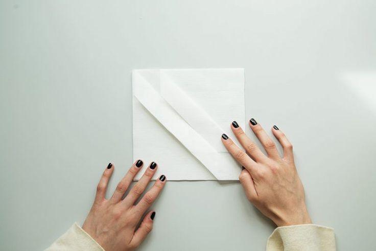 25 best ideas about bestecktasche falten on pinterest servietten falten bestecktasche. Black Bedroom Furniture Sets. Home Design Ideas