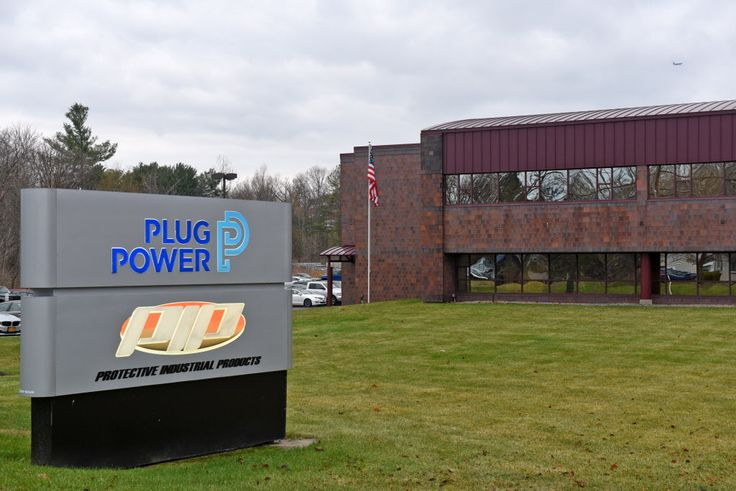 Plug Power has signed another potential $600 million deal for its fuel cell systems with another large retailer, this time Walmart.  The deal follow in the footsteps of Plug Power's $600 million deal with Amazon three months ago. Under that deal, Amazon was given stock warrants tied to cash payments under the deal, giving Amazon a potentially large stake in the Latham fuel cell maker.