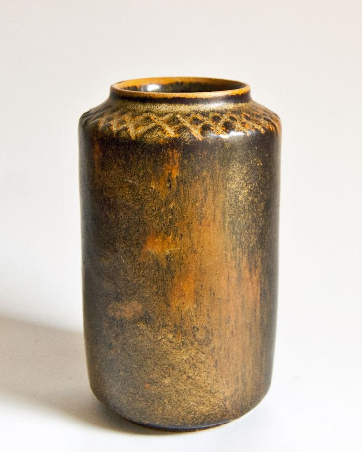 And ETSY HERE, for Vintage Studio Pottery
