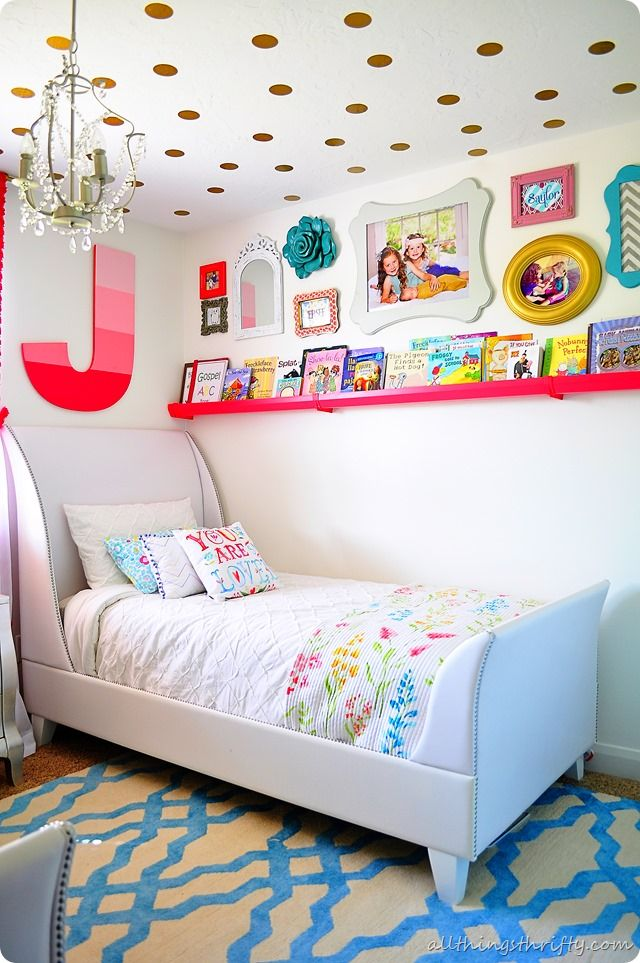 Gorgeous girls' room make over - coral, aqua and gold! Love the shelves and gold polka dot ceiling!!