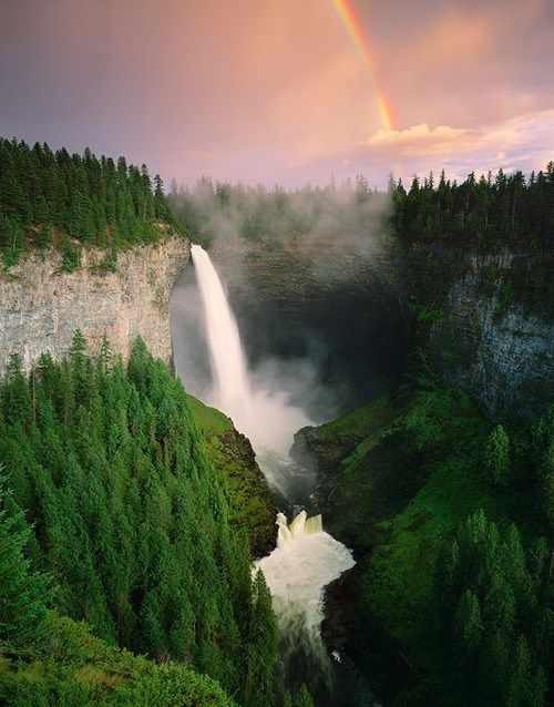 God, how many cool waterfalls are there in this world? This one is Helmcken Falls, British Columbia, Canada