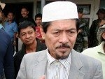 Moro National Liberation Front chairman Nur Misuari said hundreds of his armed fighters will continue efforts to free foreign hostages held by al-Qaeda-linked gunmen in Mindanao despite a clash last week that killed scores of combatants from both sides.