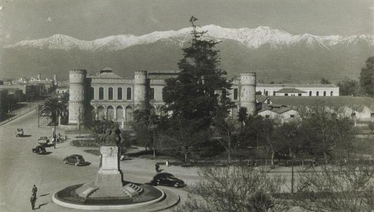 Plaza Ercilla, al lado del parque O´Higgins, en 1959. Stgo adicto
