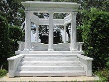 Jackie Gleason - Wikipedia