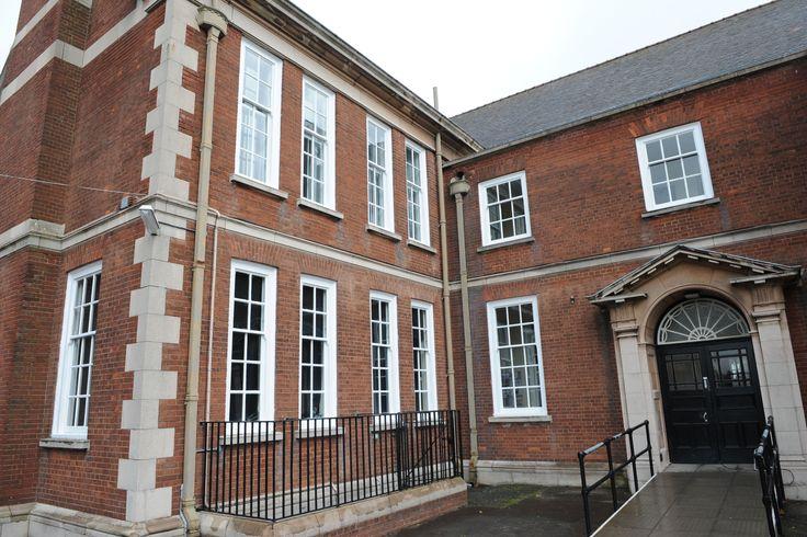 Wolverhampton Grammar School Sash Windows By Ventrolla