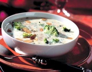 Serowa #zupa -krem z brokułami
