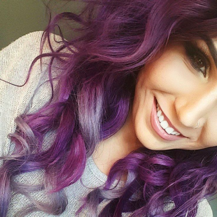 @mystesebeauty's #purple 🍇 tousled tresses are #ToDyeFor! 🎨 This #gorgeous and talented #mua 💄 used our #Amplified 🔊 #purplehaze over pre-lightened #hair for this #lovely shade of #violet 🍆. In case you didn't know, the Amp formula lasts 30% longer than our #classic ⏳! To get lighter streaks towards... Powered by RebelMouse