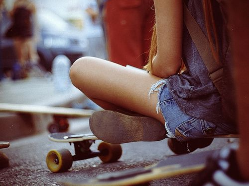 long boardSkating Girls, Buckets Lists, Skater Girls, Girls Generation, Sweets Girls, Inspiration Pictures, Life Goals, Beautiful Image, Girls Hair