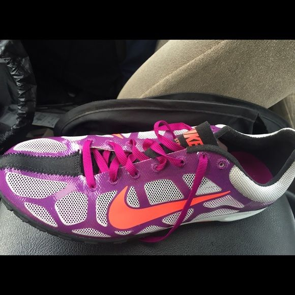 Nike waffle spikes Only worn once. No signs of defects or wear! Great running shoes! Nike Shoes Athletic Shoes
