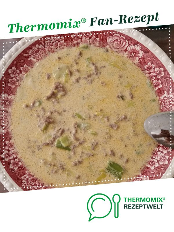 Cheese and leek soup with minced meat  – Thermomix