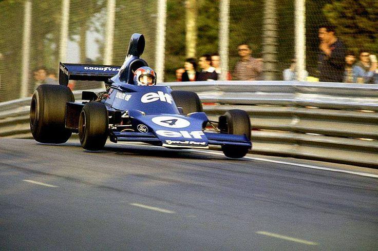 Patrick Depailler (Tyrrell 007 Cosworth) Grand Prix d'Espagne - Montjuic 1975 - source Carros e Pilotos.
