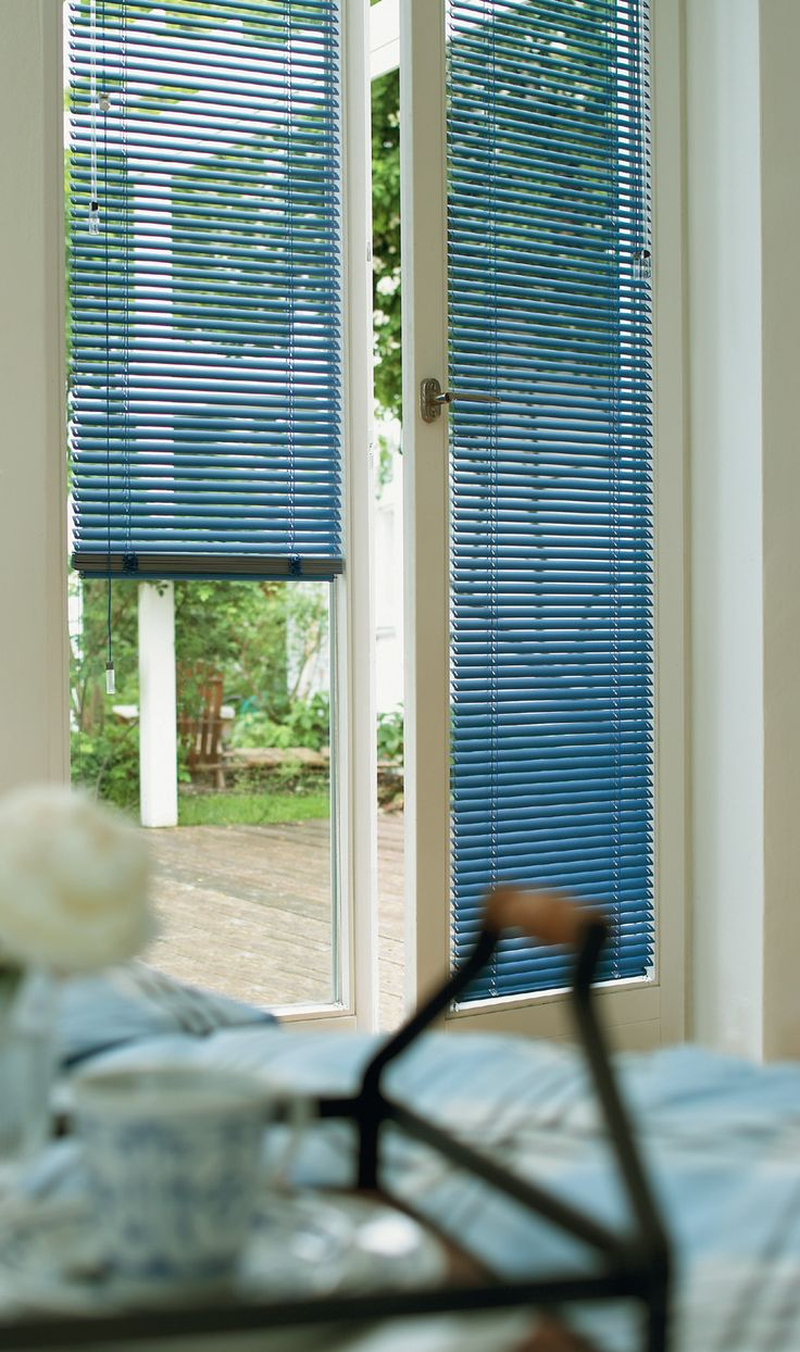 Perfect Pretty Blue Style Bedroom With Venetian Blinds. #luxaflex #blue #home Decor