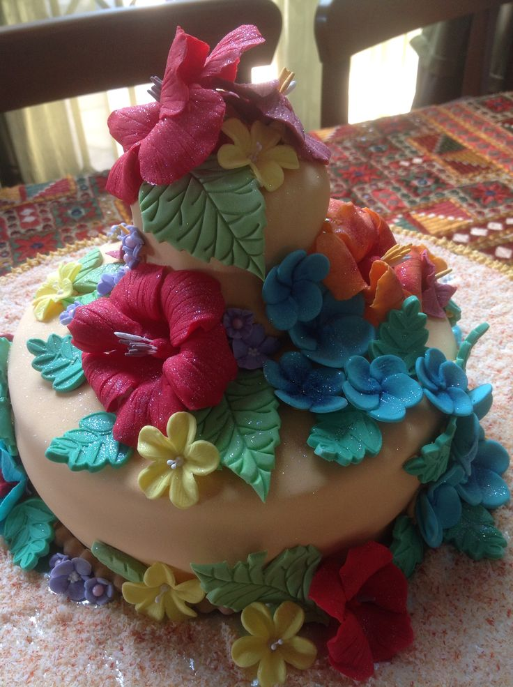 Tropical Hawaii cake