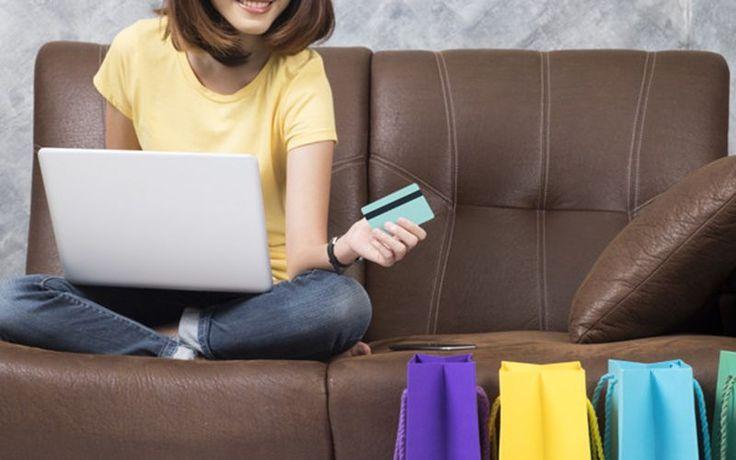 Choć coraz chętniej robimy zakupy w sklepach internetowych ze zdrową żywnością, to wciąż nie brakuje osób, które trudno zachęcić do kupowania online. Co sprawia, że Klienci są zadowoleni z zakupów? --> http://supernowosci24.pl/co-nie-pozwala-w-pelni-rozwinac-sie-branzy-e-commerce-w-polsce/