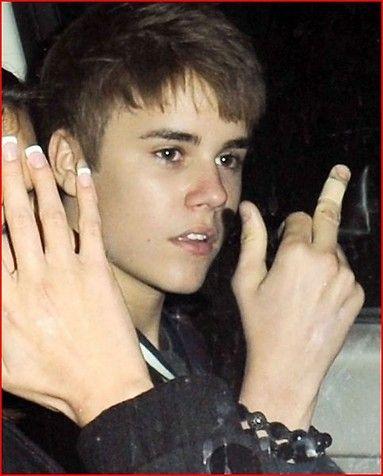 The Biebs! LOL: Justin Bieber, Fuck, Fingers, Middle Finger, Funny, People, Birds