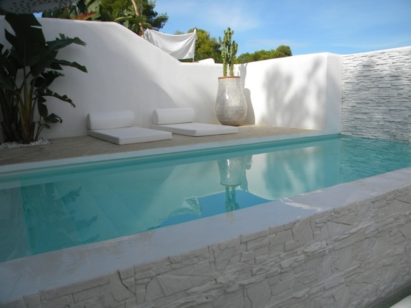 The pool in our holiday house in Ibiza: gorgeous! Casa Hypocampo - Cala Vadella - 4-6 personen › 6 tot 8 personen › ibizadiferente - Ibiza, Spain