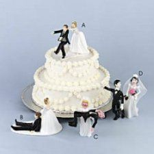 Cutest and Most Romantic Cake Toppers for Wedding Cakes