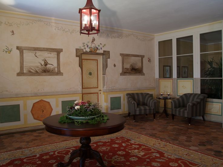 The 2nd floor hall of the Relais il Biserno where you find the 4 suites, each one of them with its tailored individual theme