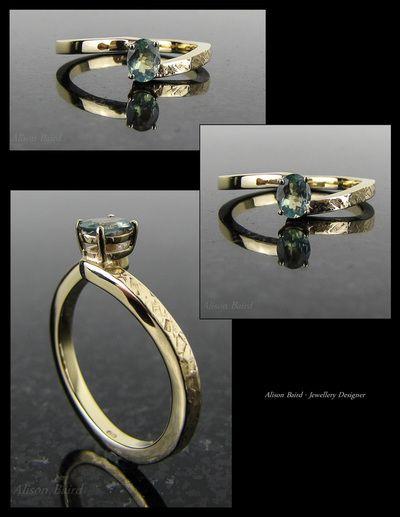 Alexandrite 9ct gold ring