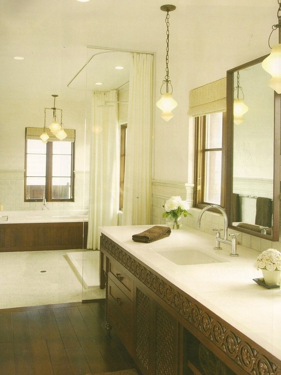 love bathroom love vanity...like cream heavier weight curtains to disappear