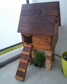 CABANE A CHAT en bois de palette ! Maison chatrmante et matouvue, construction facile avec tuto ! #cabaneachat #locky #palette